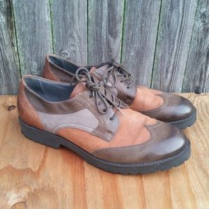 Miz Mooz Leather Lace up Cap Toe Shoes Size 41 EU